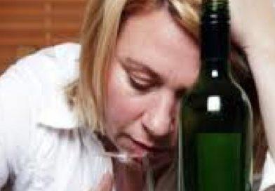Sosyal Fobi Alkol Kullanımını Artırıyor